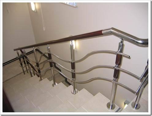 Преимущества лестницы из нержавеющей стали