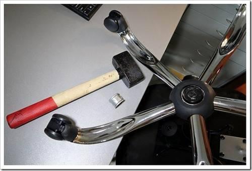 Некорректная эксплуатация: ремонт офисных стульев