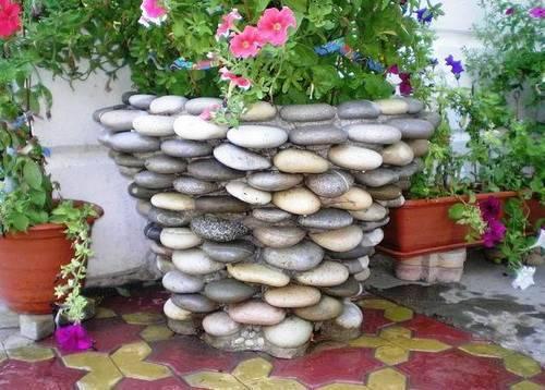 клумба для цветов на даче
