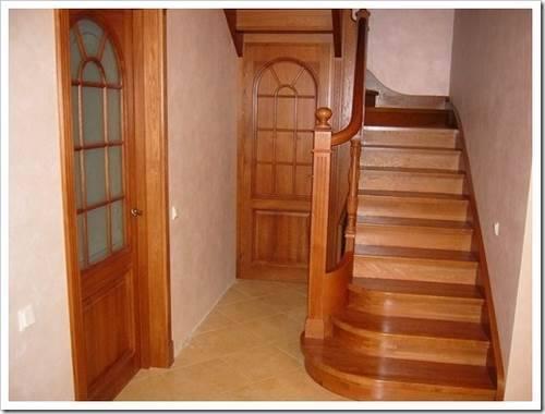 Деревянные лестницы для частного дома
