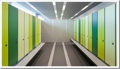 Использование шкафов для раздевалок в школах