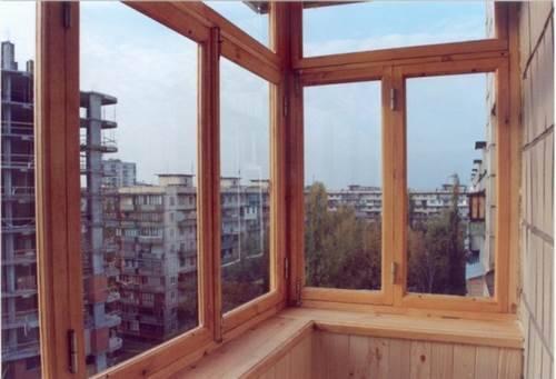 Преимущества остекления балкона