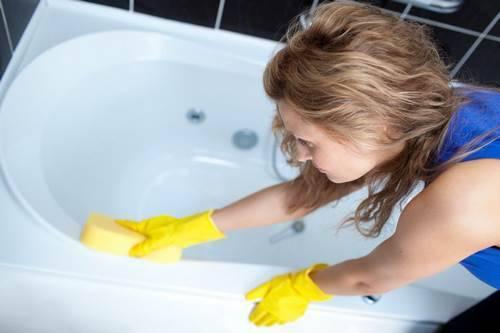 Каким моющим средством мыть акриловую ванну