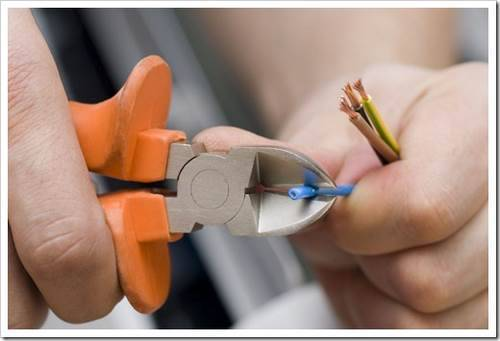 Необходимость замены электрической проводки