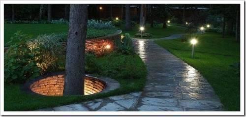Способ крепления улично-садового светильника