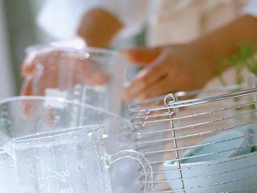 Как ухаживать за стеклянной посудой