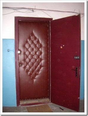 Инструменты, которые потребуются для обшивки двери