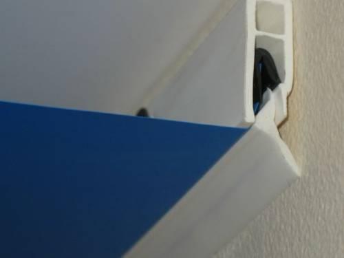 Как крепят натяжные потолки