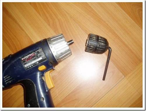 Как открутить патрон на шуруповерте
