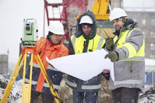 строители зимой