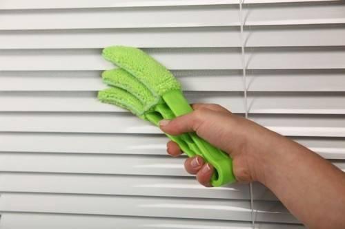 как помыть горизонтальные жалюзи