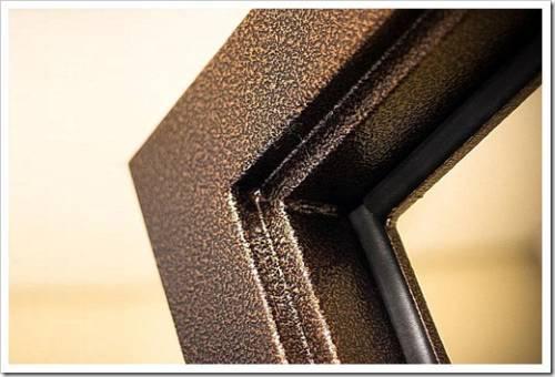 Специальные резиновые уплотнители на клею