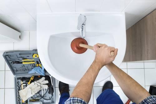 Как прочистить канализацию в квартире