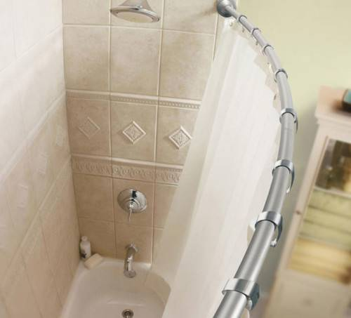 Как повесить в ванной шторку