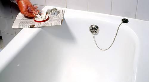 Как обновить эмаль чугунной ванны