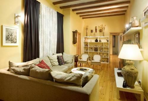 Как обставить мебелью маленькую гостиную